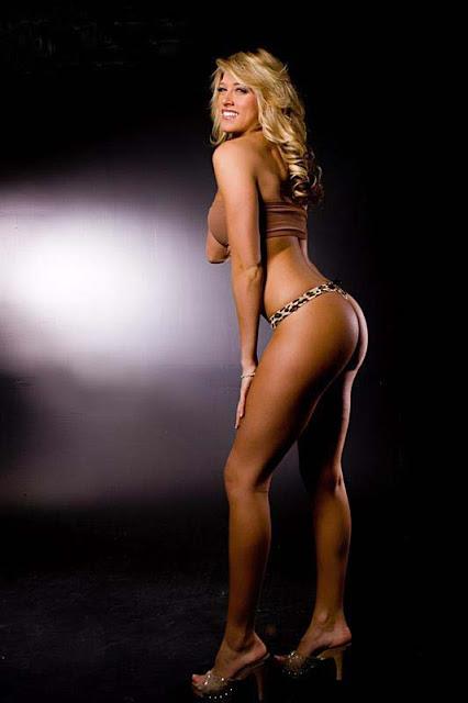 426 x 640 jpeg 33kB, WWE Sexy Diva Kelly Kelly - Desi Images