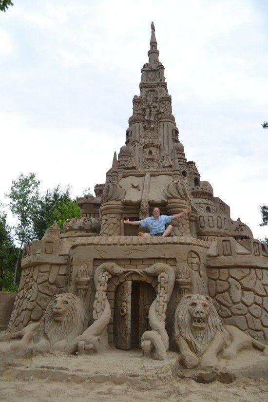 http://4.bp.blogspot.com/-3lI6nL7HjBY/Tf-q6ROGKQI/AAAAAAAAQLs/VCvbx6XDnmA/s1600/castle_004.jpg