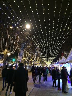 Weihnachtsmarkt Avenue des Champs-Élysées, Paris