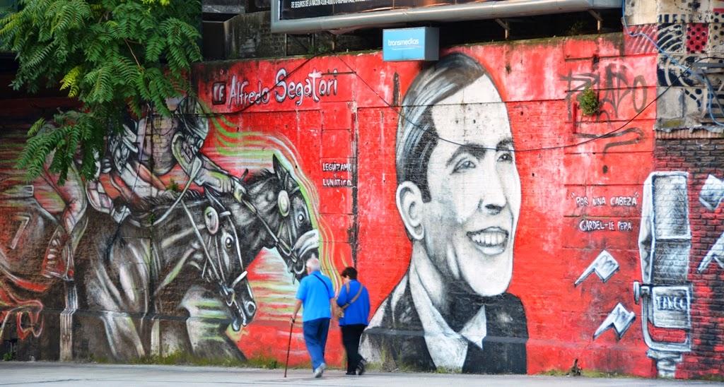 Graffiti Buenos Aires horses