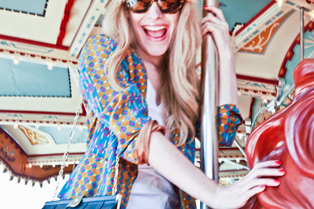 dumbo brooklyn, carousel ride