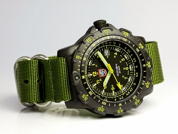 LUMINOX 8825.KM Recon Point Man