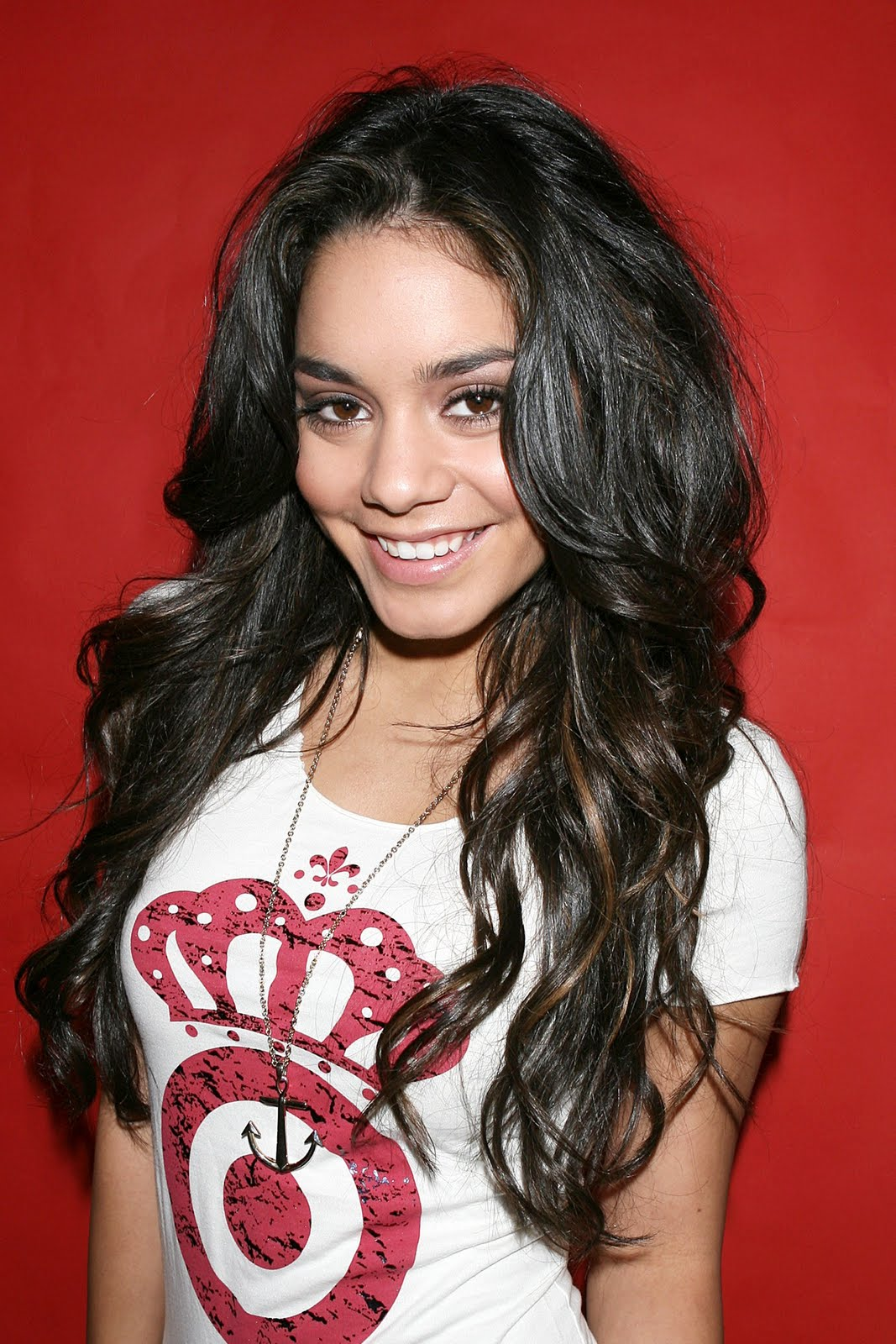All About Hollywood Celebrity Vanessa Hudgens Hairstyles