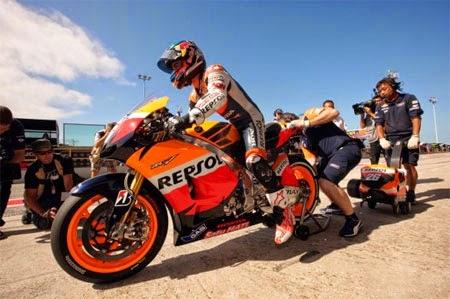 Gambar motor balap