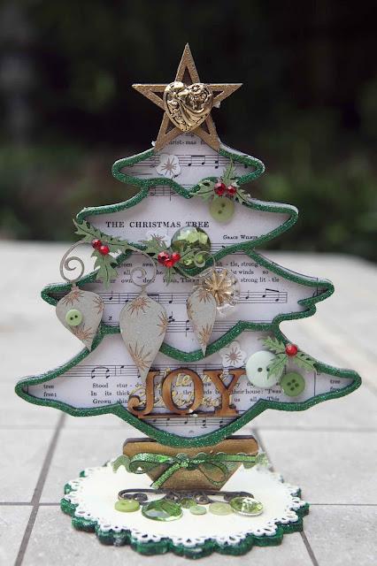 Creative Mayhem: Scrapmatts Christmas Tree