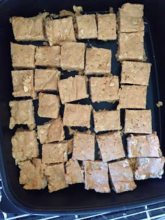 homemade, protein, Power bars, yummy, get healthy, Sara Stakeley, easy, Love peanut butter, treat,