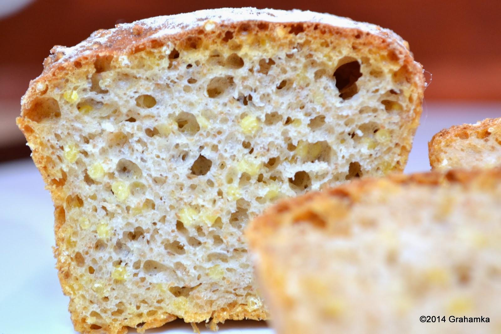 Chlebuś jaglany mleczny