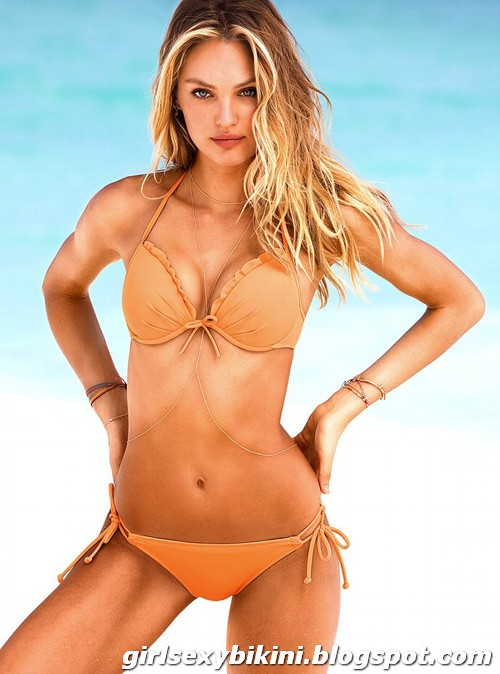 Candice Swanepoel showing the S-shaped curve