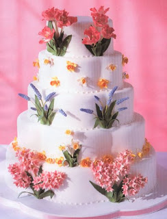 simple wedding cakes,wedding cakes,hawaiian wedding invitations,hawaiian wedding dresses,hawaiian wedding