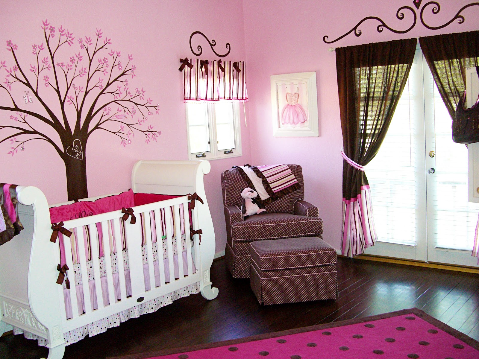 Full pink color girl baby room ideas decorate for Baby room mural ideas