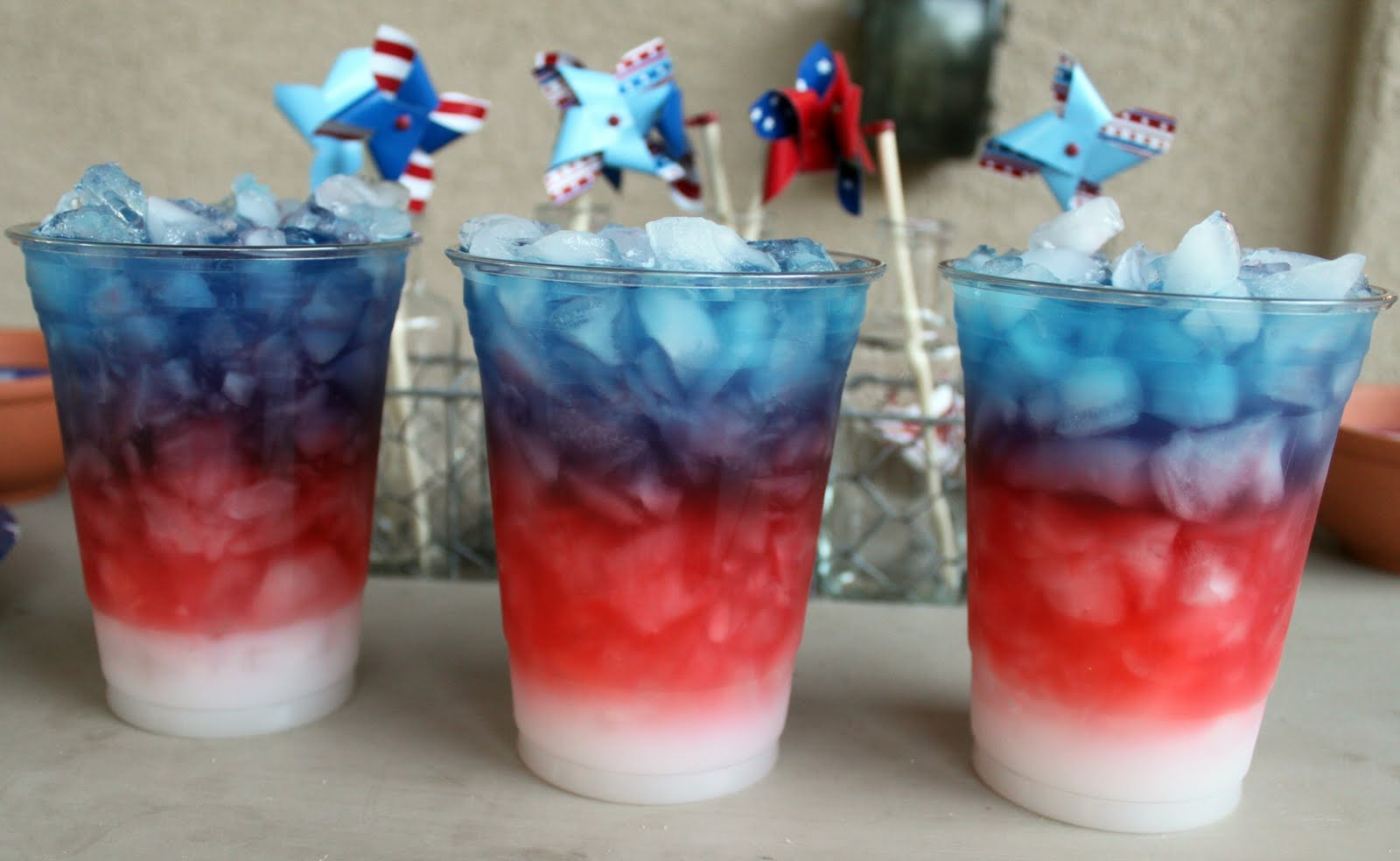 Little inspirations red white and blue drinks for Fourth of july drinks non alcoholic