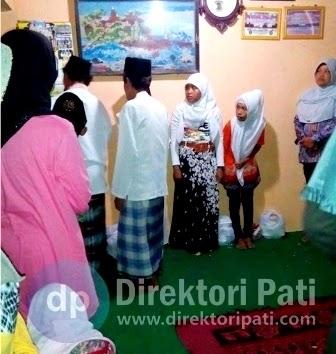 Tradisi Santunan dan Burdahan Yayasan Jamaah Pasrah Pati