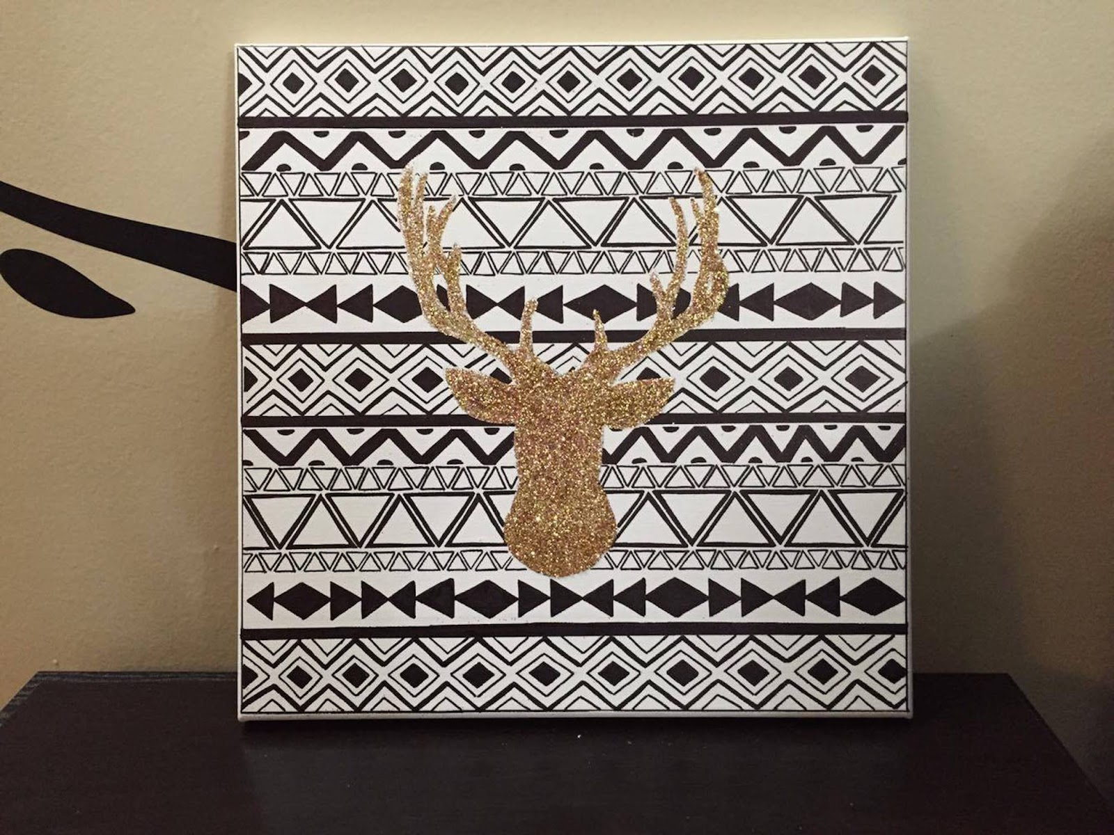 Deer head black and white canvas art