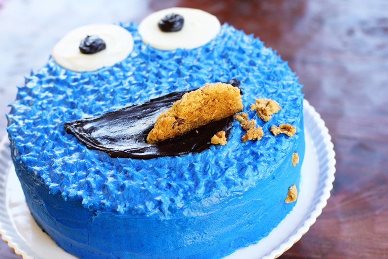 cookie monster cake design