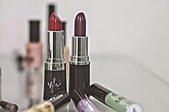 ¿Cómo hacer para que el lipstick dure más?