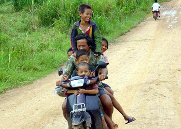 Funny Transportation Pictures In Vietnam