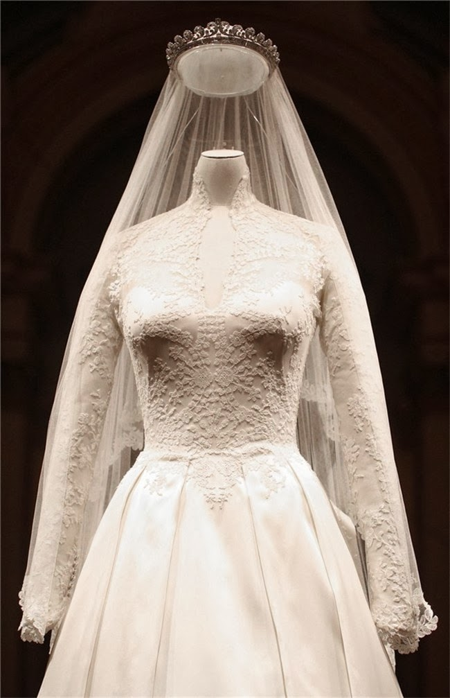 Cuento de boda, Novia