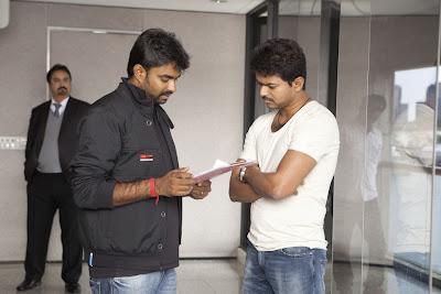 Thalaivaa movie gallery starring Vijay and Amala Paul