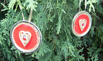 Canning lid ornaments 1