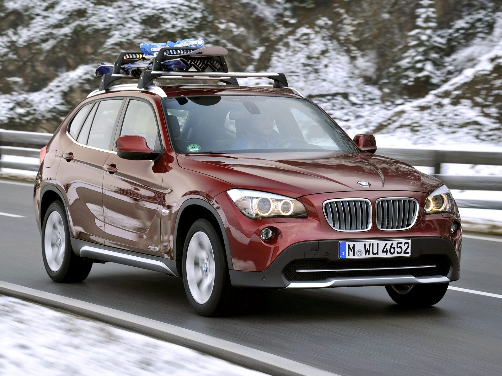 2011 Bmw X1 Xdrive28i Desktop Wallpapers