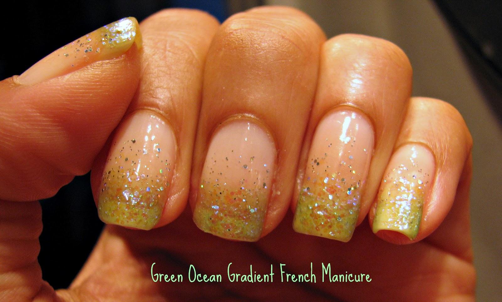 Mangling my Manicure: Green Ocean glitter gradient manicure
