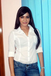 samantha sexy pic in white dress