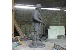 model patung swat