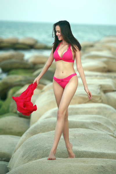 Bikini Diễm Dương - Hoa hậu 9x gợi cảm