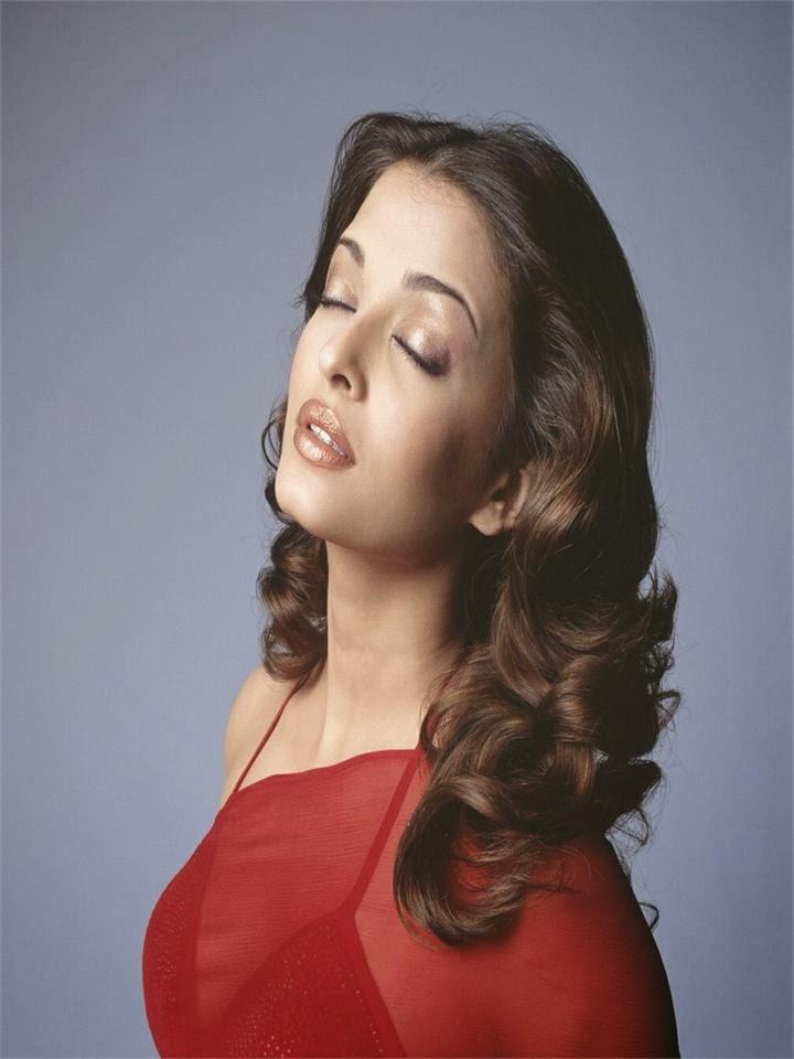Aishwarya rai sexy sensous mood pics