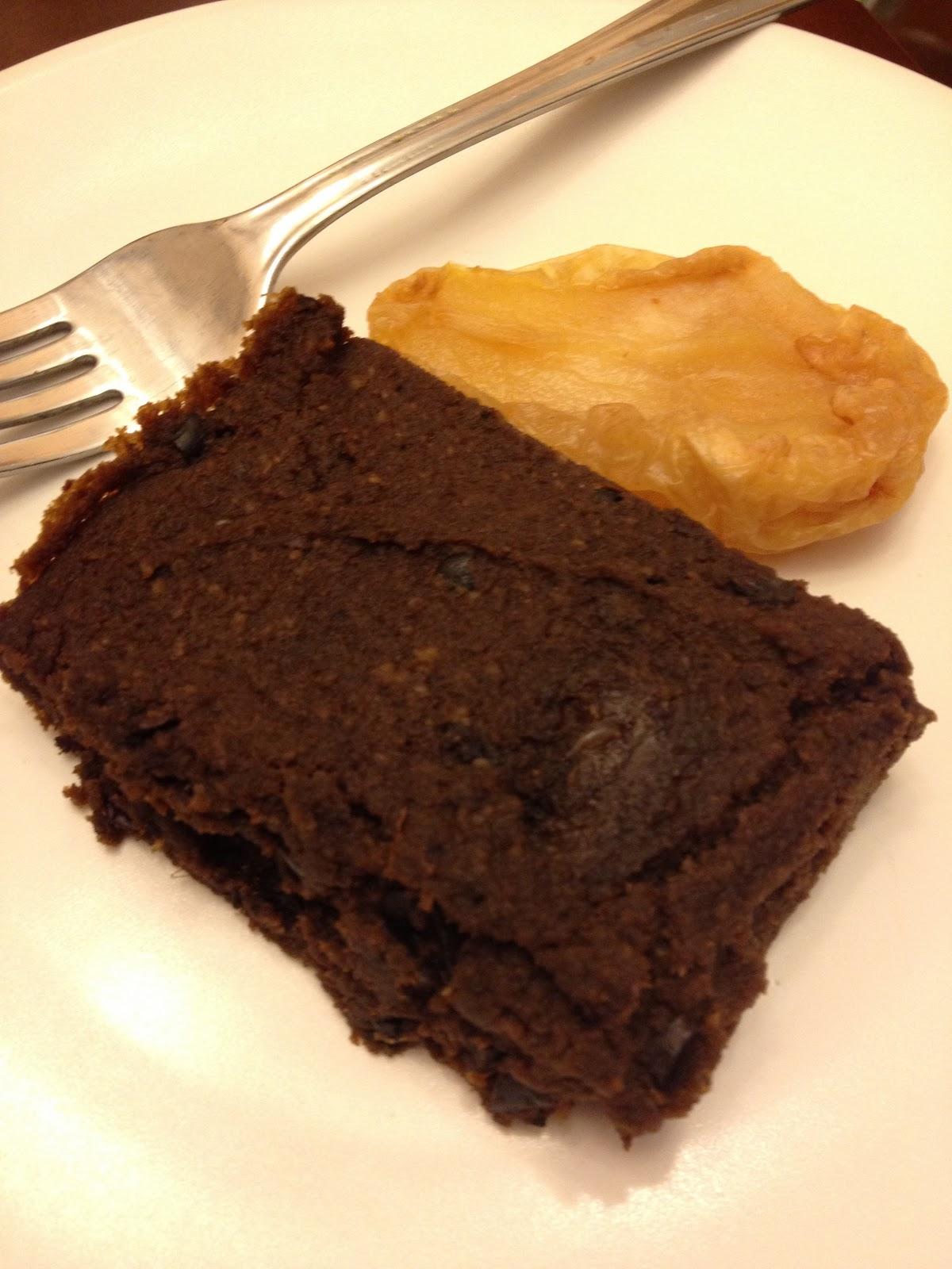 Feeding Ger Sasser: Paleo Cocoa Nib Cake
