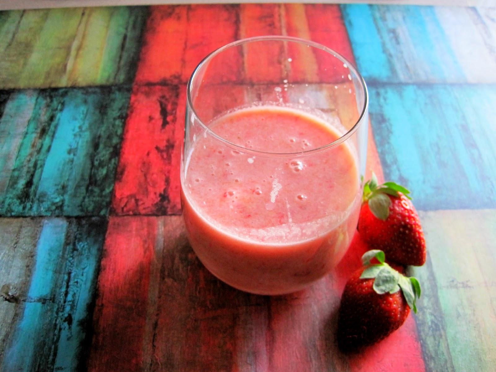 Mango Strawberry Tahini Smoothie   Skinny Muffin