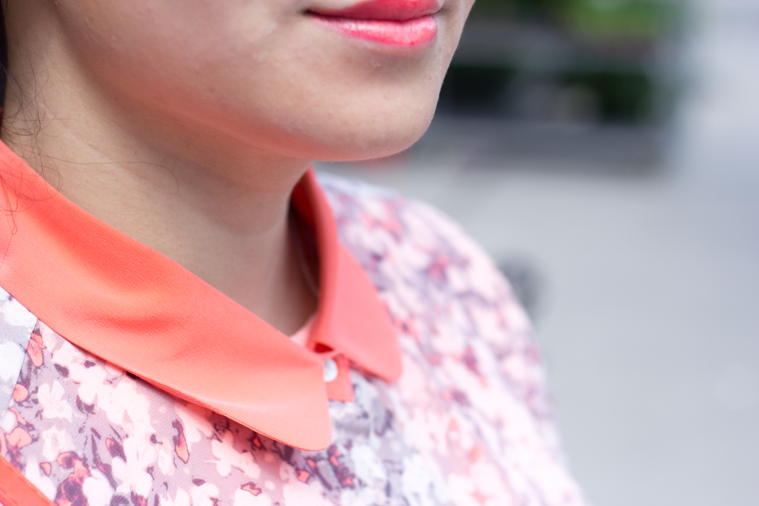 monochromatic-summer-look, neon-orange, floral-blouse-with-collar