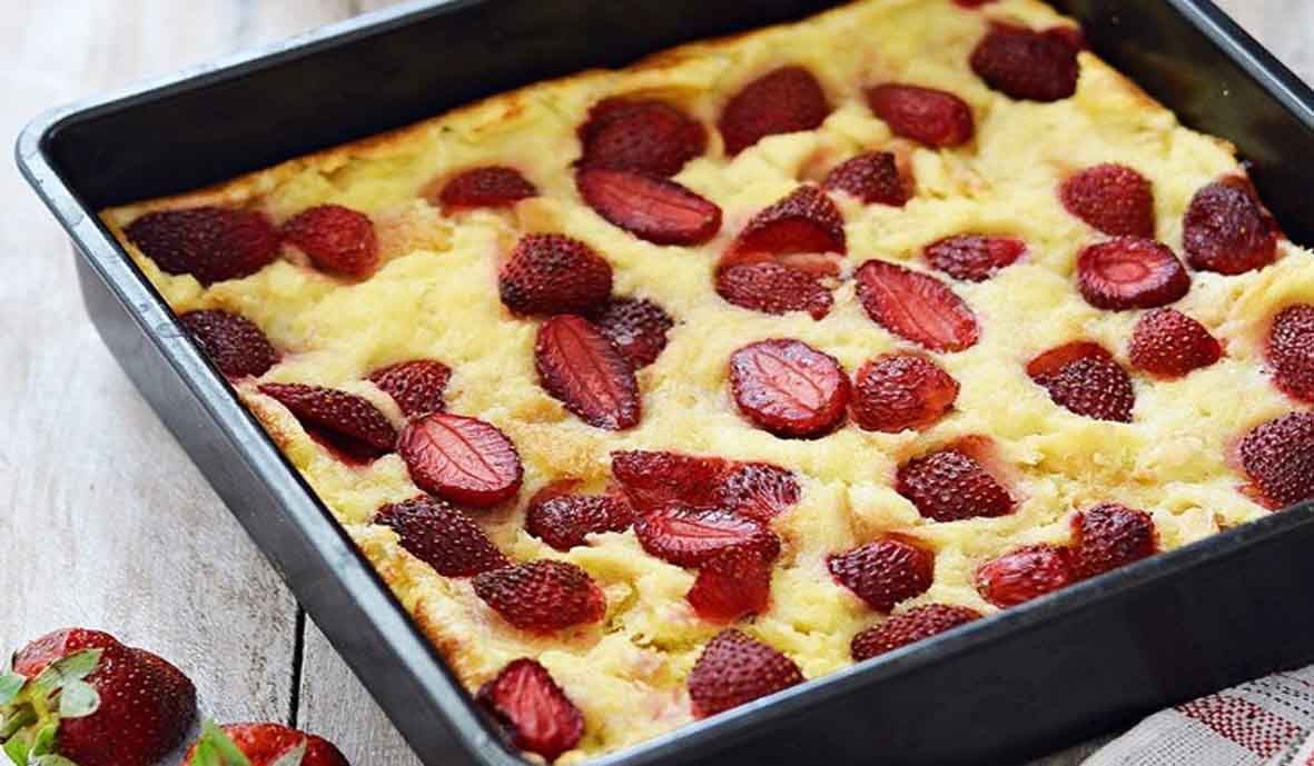 Puding Roti Strawberry