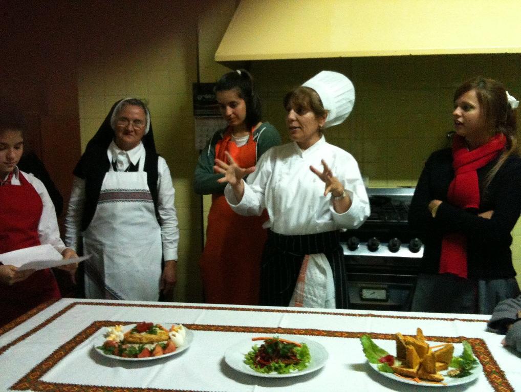 Instituto san basilio magno 06 10 13 for Cursos de ayudante de cocina