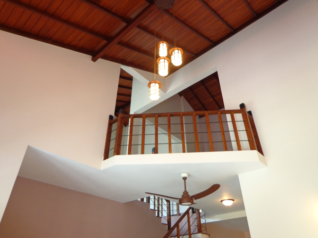 Properties in sri lanka 1041 luxury brand new architect for Balcony ceiling design