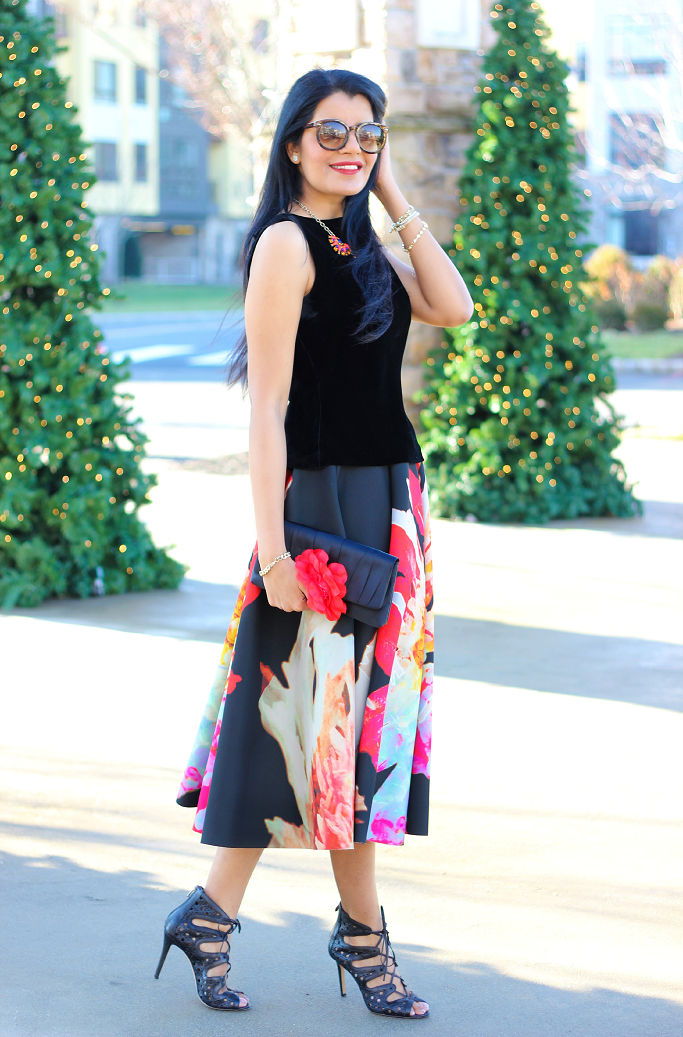 H&M Circle Skirt, H&M Floral Circle Skirt, Holiday Party Outfit, Christmas Party Outfit Idea, Skirts For Holiday Parties