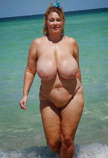Nackt Bilder : Sehr schwere und hängende Möpse   nackter arsch.com