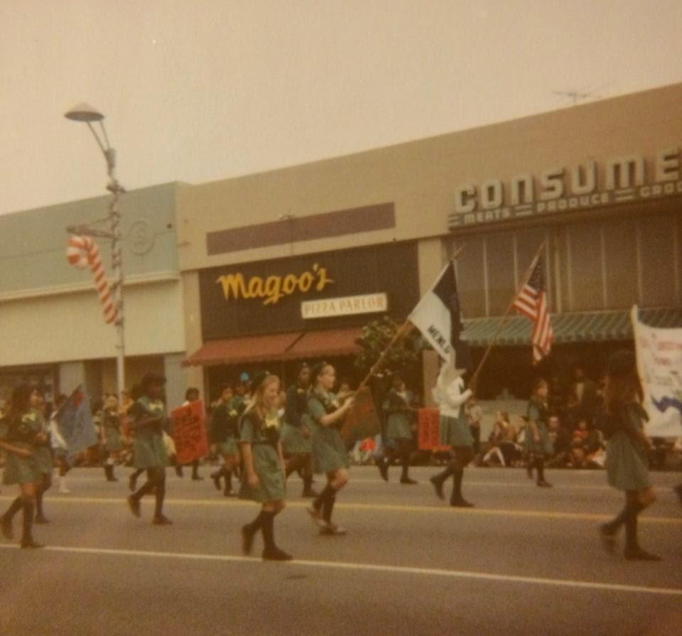 Menlo Park, CA Girl Scout Troop 19 In 1970 Or U002771, No Doubt Commemorating  The Warlocksu0027 Debut At Magoou0027s Pizza, At 639 Santa Cruz Avenue (I Believe  This Was ...