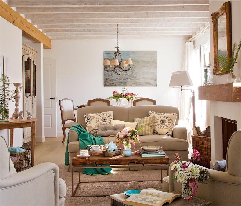 Una casa cantabra con sutiles notas de color cantabrian - Como decorar una casa de campo ...