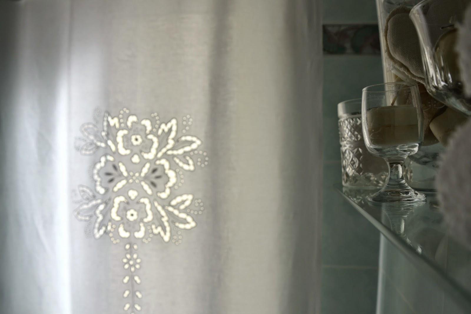 Tende per bagno moderno idee per la casa syafir for tende