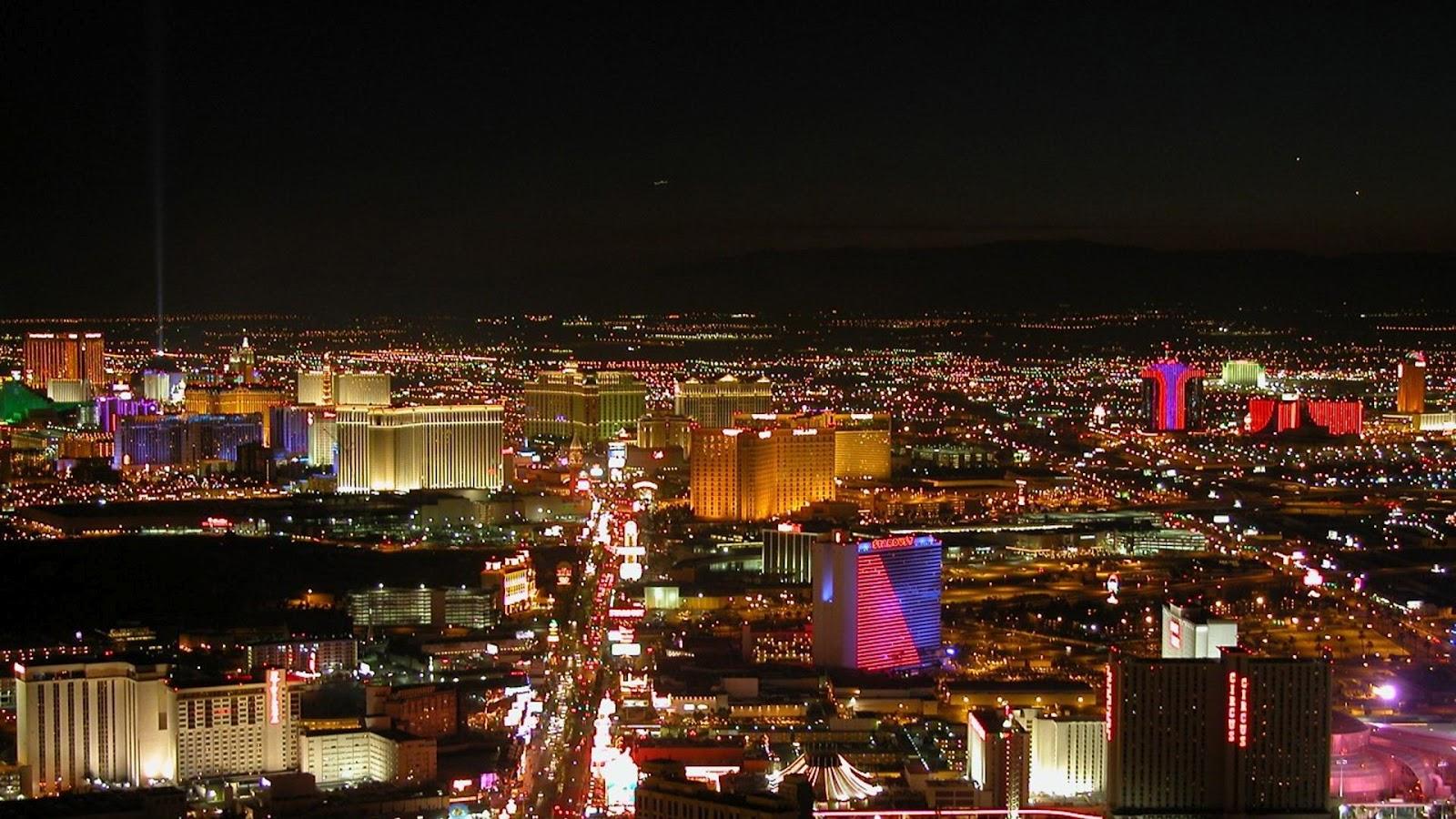 http://4.bp.blogspot.com/-3qCvmg8bGiA/UA0OVsR6_pI/AAAAAAAAAE4/OVC7HBbxzsQ/s1600/las-vegas-night-world-famous-landmarks-city-1080x1920.jpg