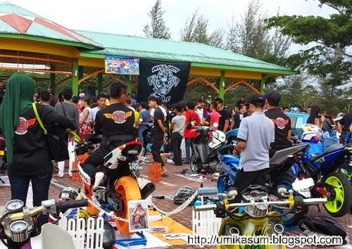 Gambar Pesta Kaul Mukah 2015 yang diadakan di Pantai Kaul Mukah, Sarawak. Perayaan masyarakat Melanau yang diadakan setiap tahun.