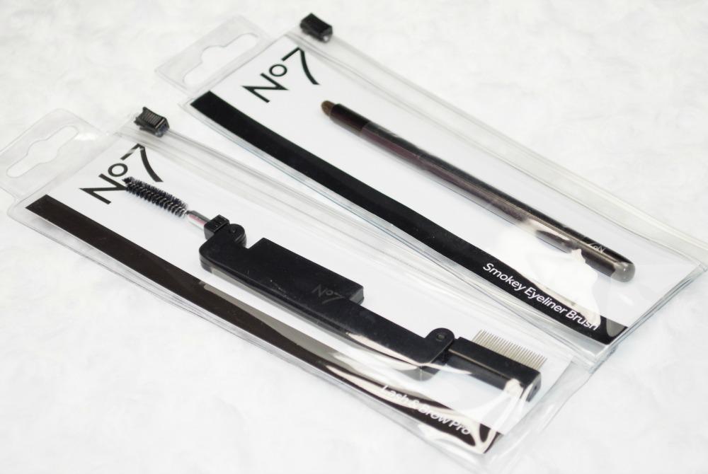 No7 Smokey Eye Brush & Lash and Brow Brush Pro