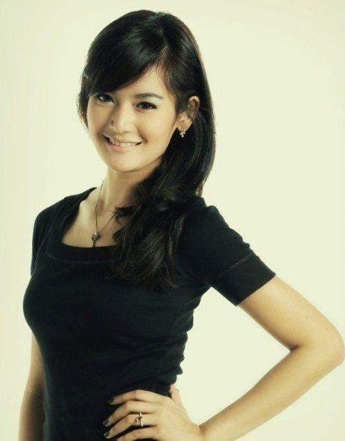 MARIA SELENA PUTRI INDONESIA | FOTO FOTO HOT HOT