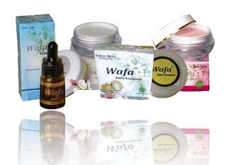 Paket Kosmetik White and Light B