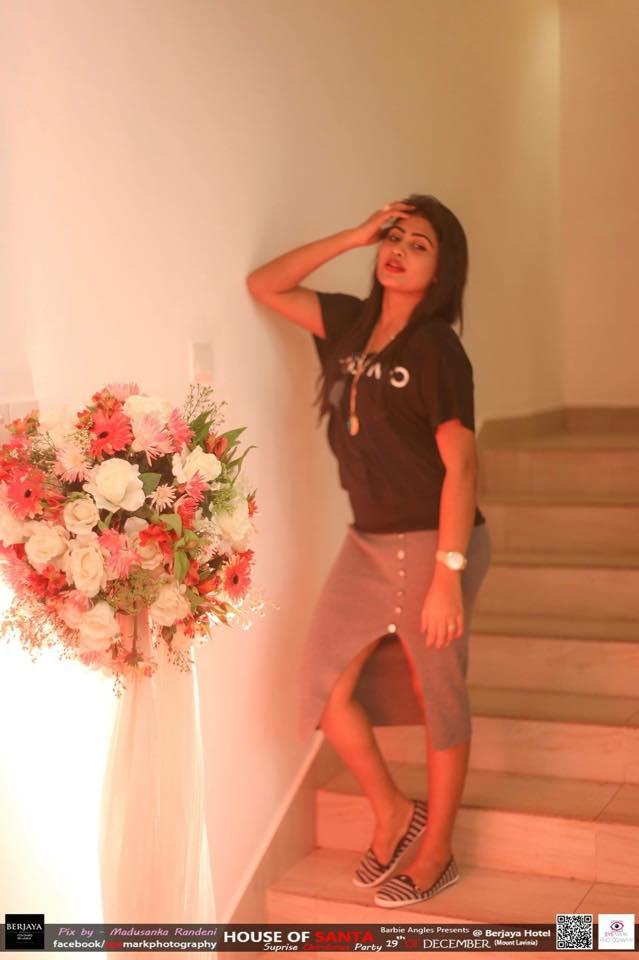 sri lankan actress piyumi hansamali sexy