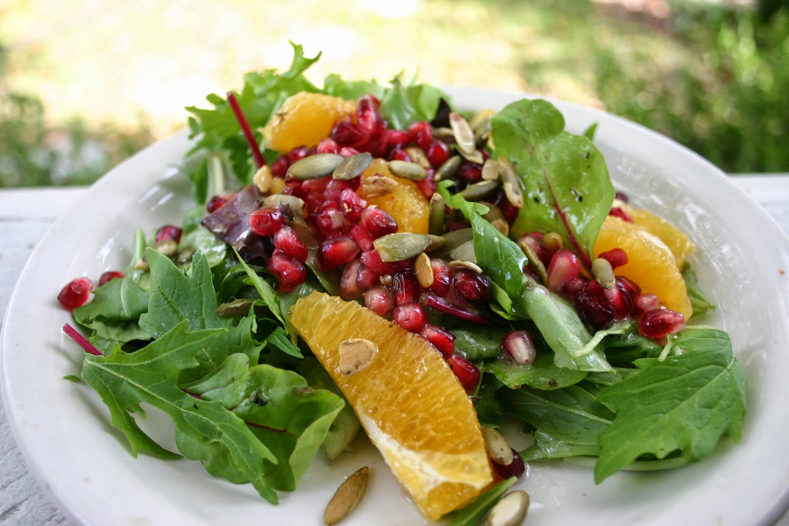 The Gardener's Cottage: winter salad - pomegranate