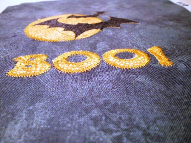 Quilting tutorials: boo! free halloween mug rug pattern
