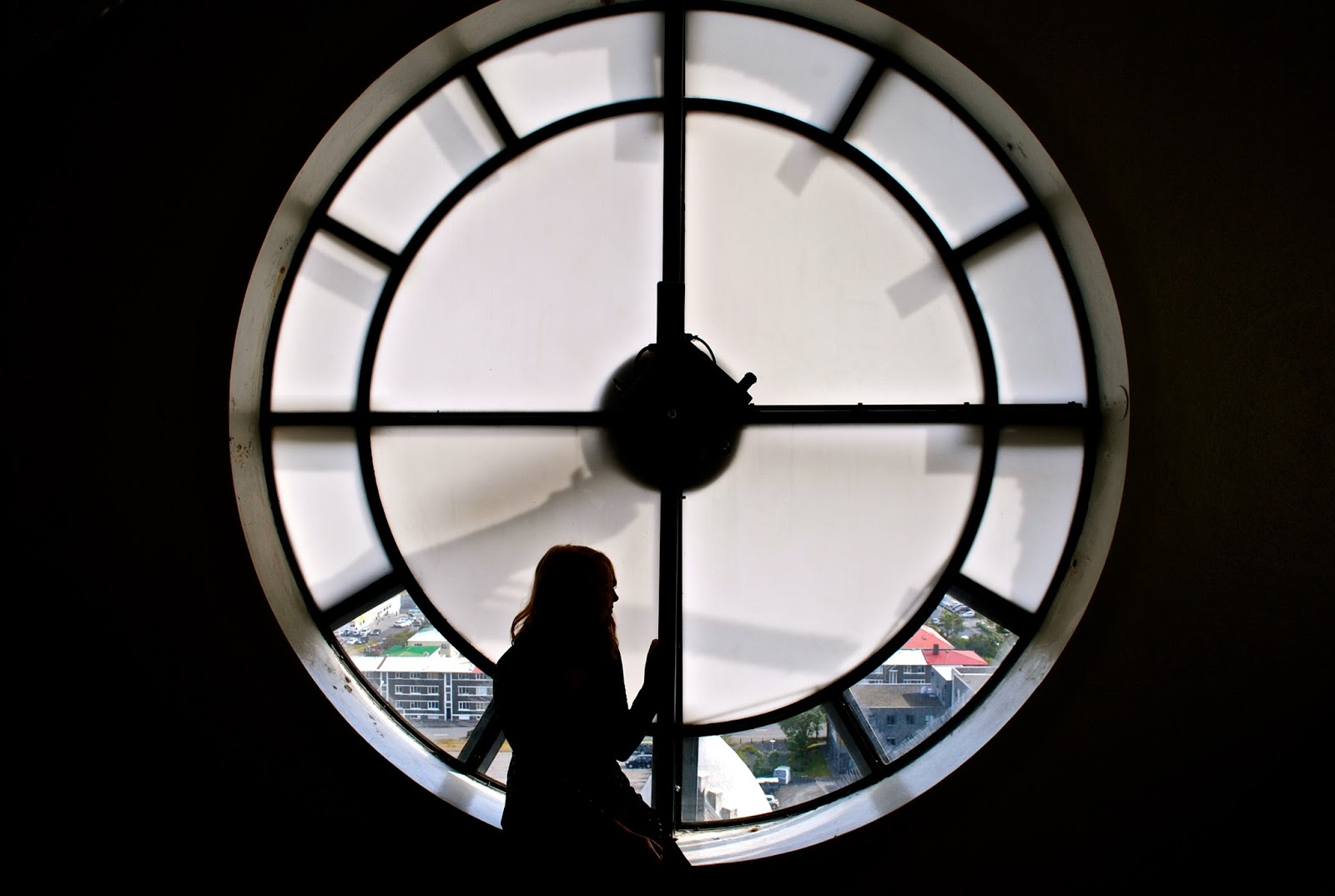 Things to do in Reykjavik Iceland : Admire the view from the Hallgrimskirkja church clock tower