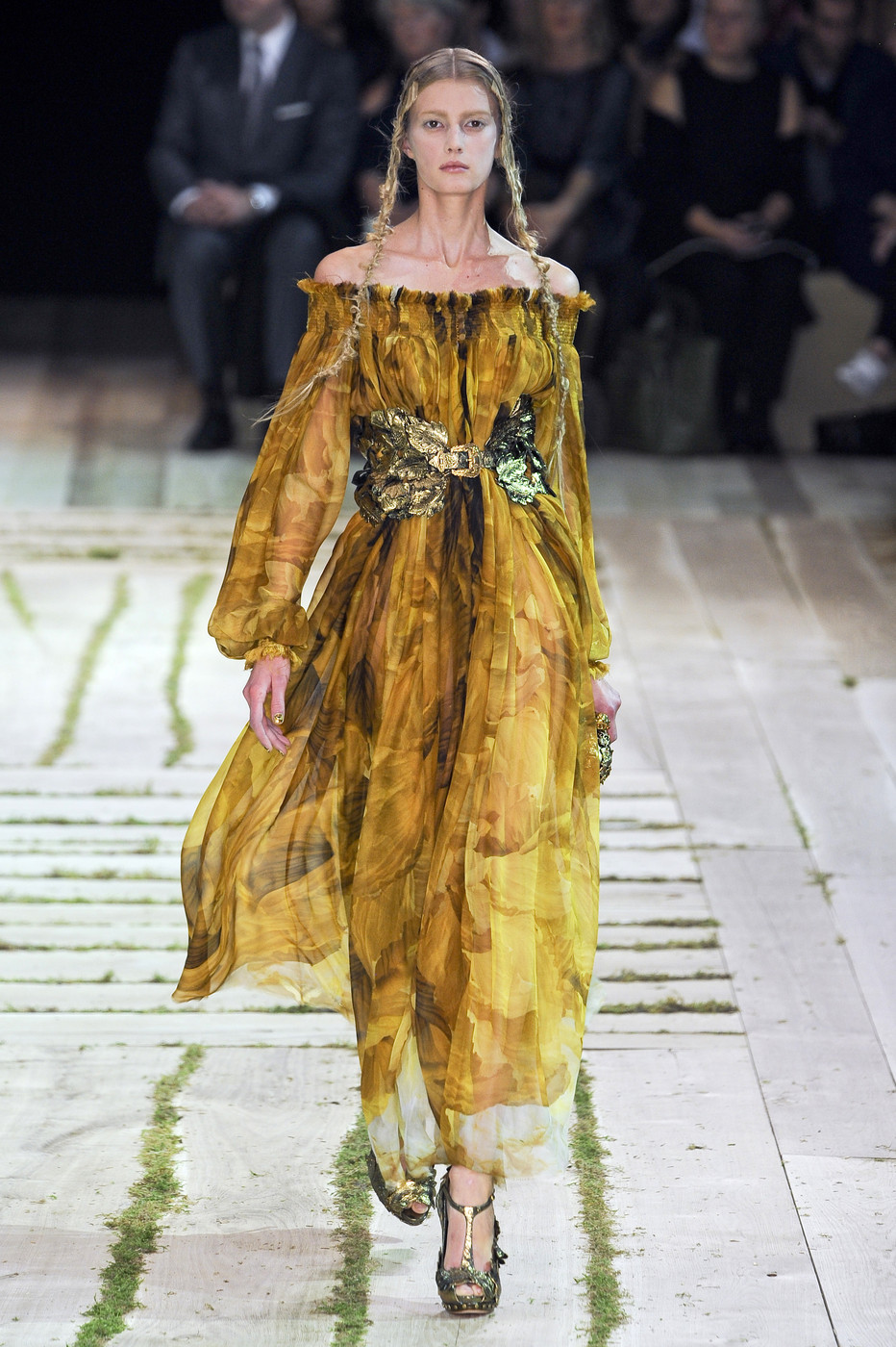 via fashioned by love | Alexander McQueen Spring/Summer 2011 | floral trend